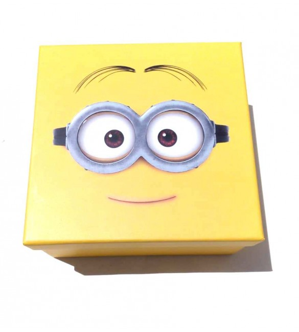 Caixa De Presente Fashion World Minion - Meu Malvado Favorito pequena
